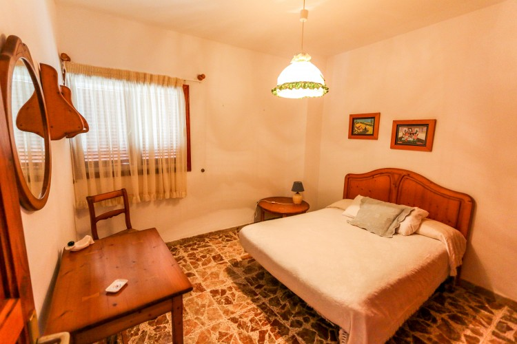 5 Bed  Villa/House for Sale, Puerto de Santiago, Tenerife - YL-PW42 10