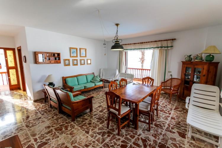5 Bed  Villa/House for Sale, Puerto de Santiago, Tenerife - YL-PW42 12