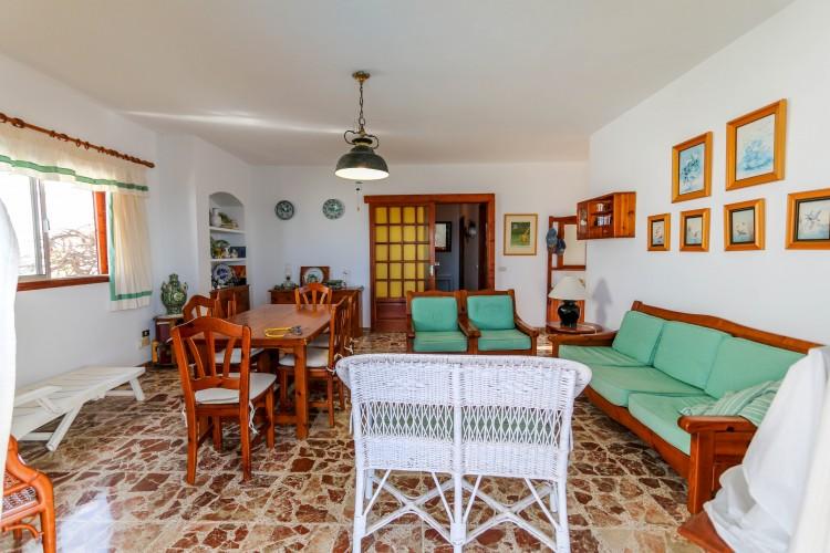 5 Bed  Villa/House for Sale, Puerto de Santiago, Tenerife - YL-PW42 13