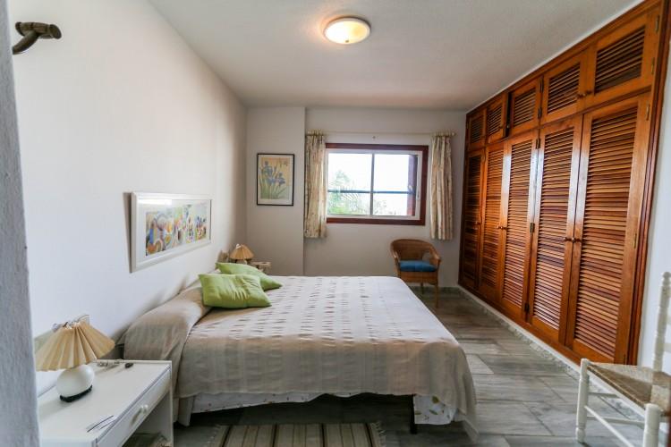 5 Bed  Villa/House for Sale, Puerto de Santiago, Tenerife - YL-PW42 14