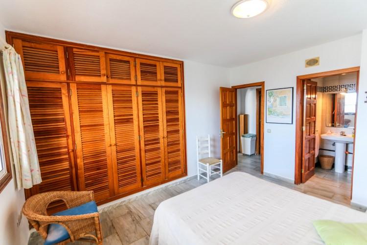5 Bed  Villa/House for Sale, Puerto de Santiago, Tenerife - YL-PW42 15