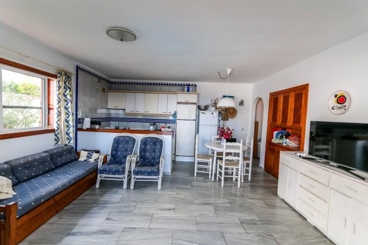 5 Bed  Villa/House for Sale, Puerto de Santiago, Tenerife - YL-PW42 18