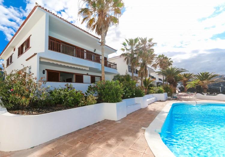 5 Bed  Villa/House for Sale, Puerto de Santiago, Tenerife - YL-PW42 6