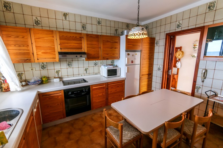 5 Bed  Villa/House for Sale, Puerto de Santiago, Tenerife - YL-PW42 7