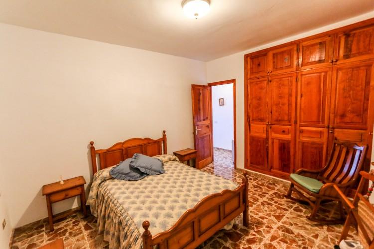5 Bed  Villa/House for Sale, Puerto de Santiago, Tenerife - YL-PW42 9