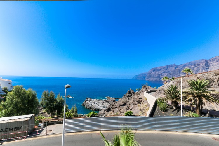 3 Bed  Flat / Apartment for Sale, Puerto de Santiago, Tenerife - YL-PW31 1