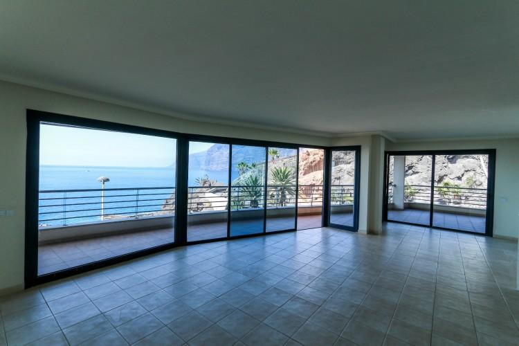 3 Bed  Flat / Apartment for Sale, Puerto de Santiago, Tenerife - YL-PW31 12