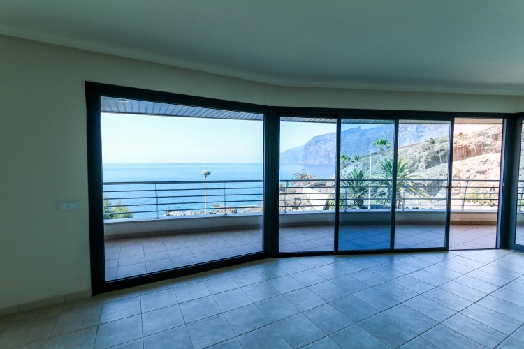 3 Bed  Flat / Apartment for Sale, Puerto de Santiago, Tenerife - YL-PW31 13