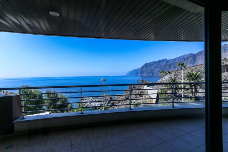 3 Bed  Flat / Apartment for Sale, Puerto de Santiago, Tenerife - YL-PW31 14