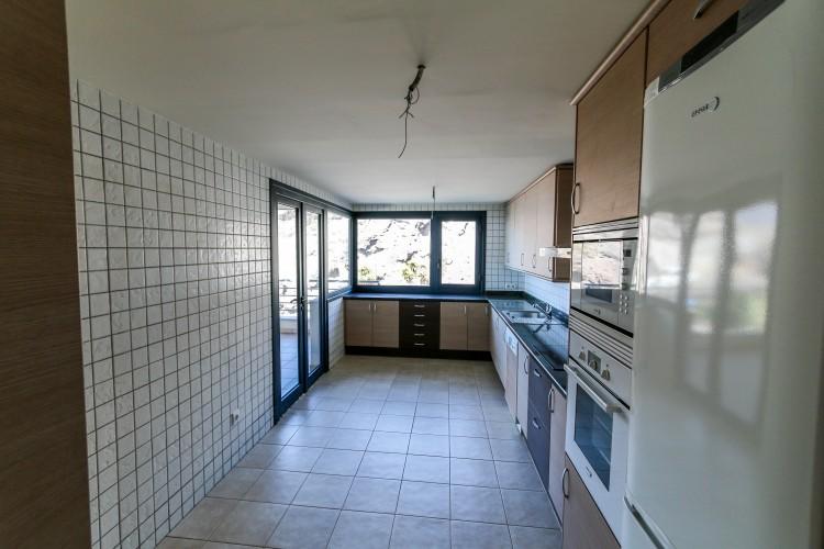 3 Bed  Flat / Apartment for Sale, Puerto de Santiago, Tenerife - YL-PW31 2