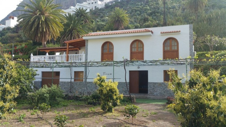 4 Bed  Villa/House for Sale, Agaete, LAS PALMAS, Gran Canaria - BH-6879-JM-2912 1