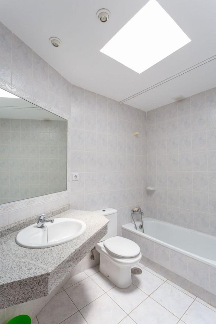 2 Bed  Flat / Apartment for Sale, San Bartolome de Tirajana, LAS PALMAS, Gran Canaria - BH-6992-MIA-2912 19