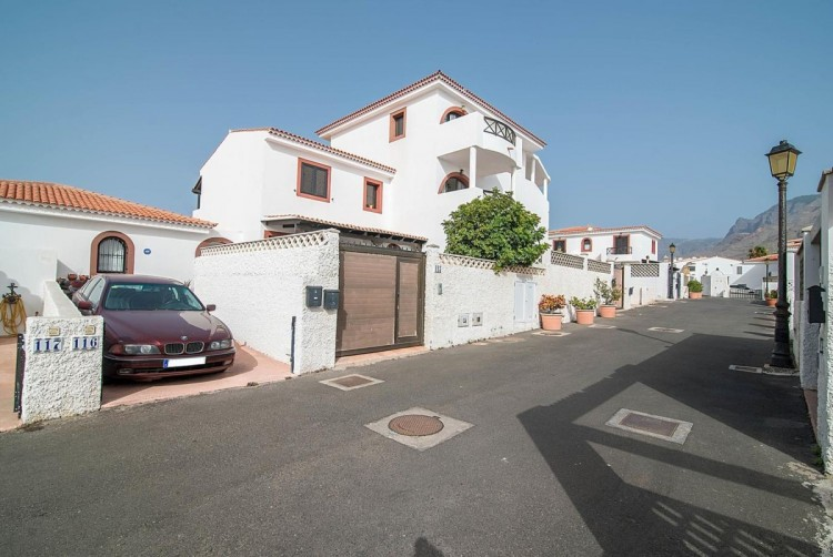 4 Bed  Villa/House for Sale, Agaete, LAS PALMAS, Gran Canaria - BH-7629-RC-2912 2
