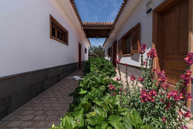 3 Bed  Villa/House for Sale, Moya, LAS PALMAS, Gran Canaria - BH-7813-MIA-2912 2
