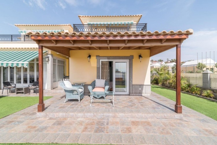 4 Bed  Villa/House for Sale, San Bartolome de Tirajana, LAS PALMAS, Gran Canaria - BH-7906-AM-2912 2