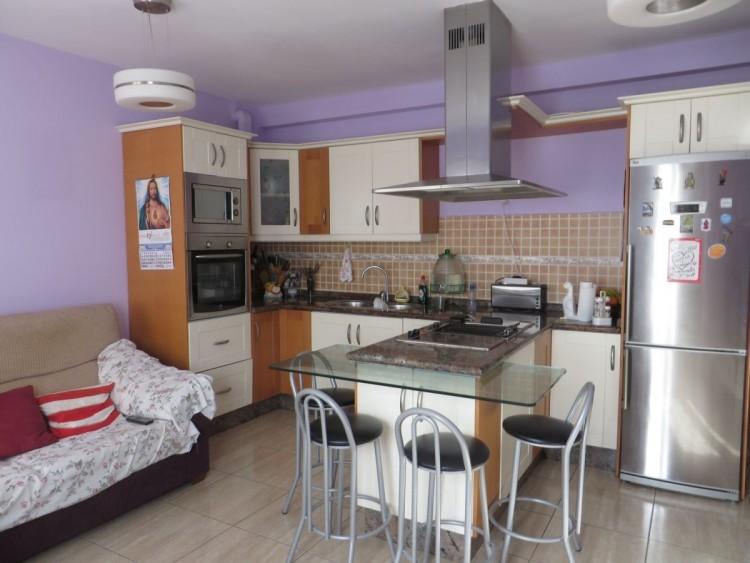 2 Bed  Flat / Apartment for Sale, Santa Lucia de Tirajana, LAS PALMAS, Gran Canaria - BH-7960-LQ-2912 3
