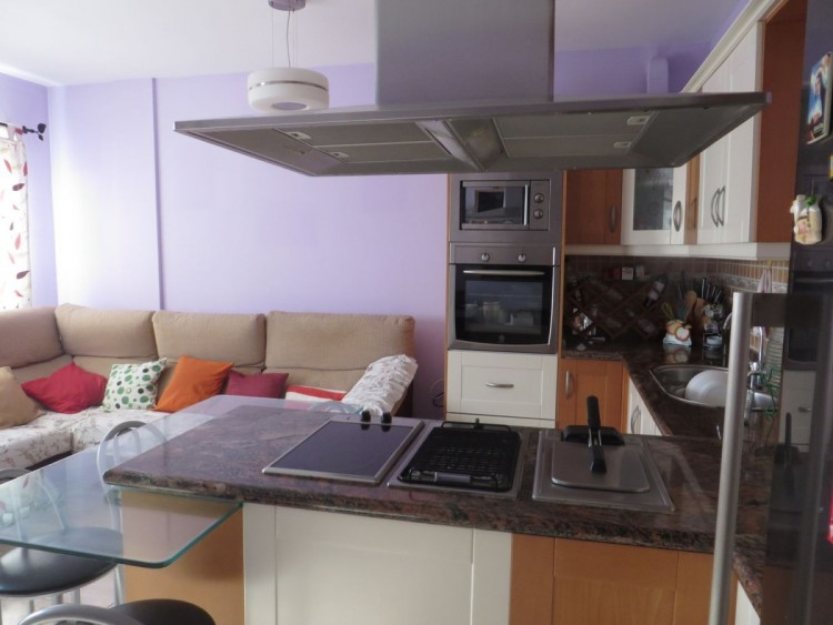 2 Bed  Flat / Apartment for Sale, Santa Lucia de Tirajana, LAS PALMAS, Gran Canaria - BH-7960-LQ-2912 4