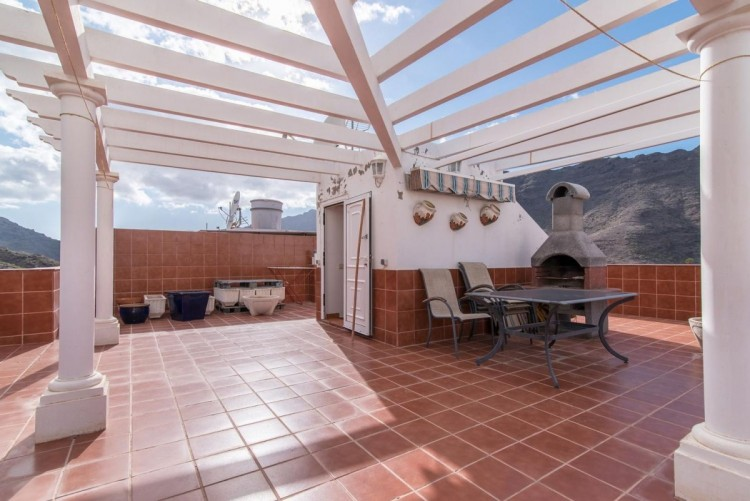 4 Bed  Villa/House for Sale, Mogan, LAS PALMAS, Gran Canaria - BH-8035-CAR-2912 1