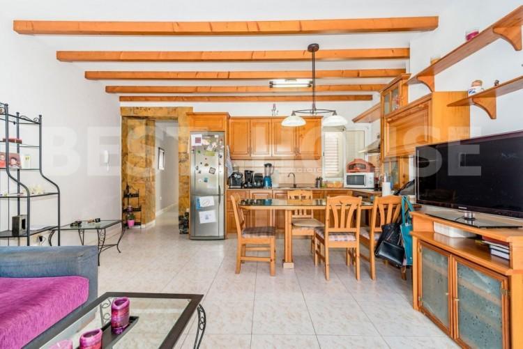 3 Bed  Flat / Apartment for Sale, Santa Lucia de Tirajana, LAS PALMAS, Gran Canaria - BH-8214-ALE-2912 3