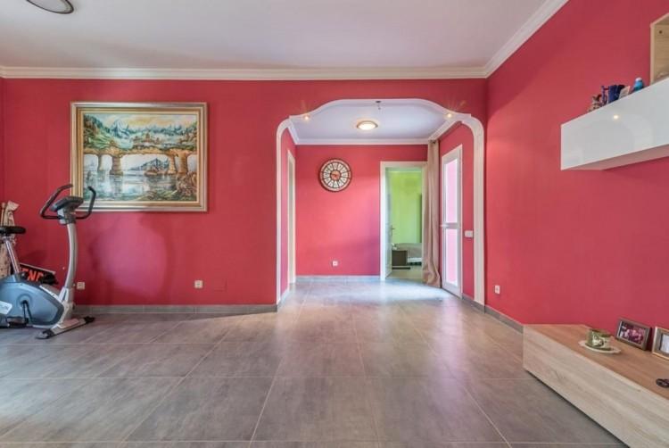 4 Bed  Villa/House for Sale, San Bartolome de Tirajana, LAS PALMAS, Gran Canaria - BH-8325-ARA-2912 11