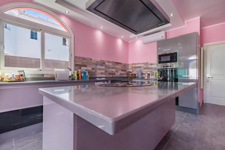 4 Bed  Villa/House for Sale, San Bartolome de Tirajana, LAS PALMAS, Gran Canaria - BH-8325-ARA-2912 17
