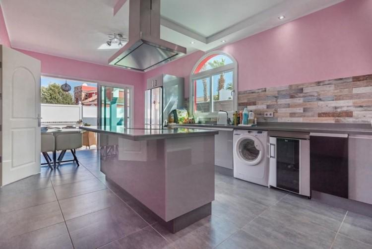 4 Bed  Villa/House for Sale, San Bartolome de Tirajana, LAS PALMAS, Gran Canaria - BH-8325-ARA-2912 18