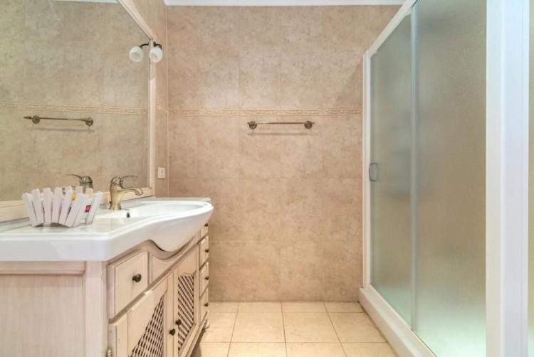 4 Bed  Villa/House for Sale, San Bartolome de Tirajana, LAS PALMAS, Gran Canaria - BH-8325-ARA-2912 19