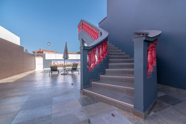 4 Bed  Villa/House for Sale, San Bartolome de Tirajana, LAS PALMAS, Gran Canaria - BH-8325-ARA-2912 2