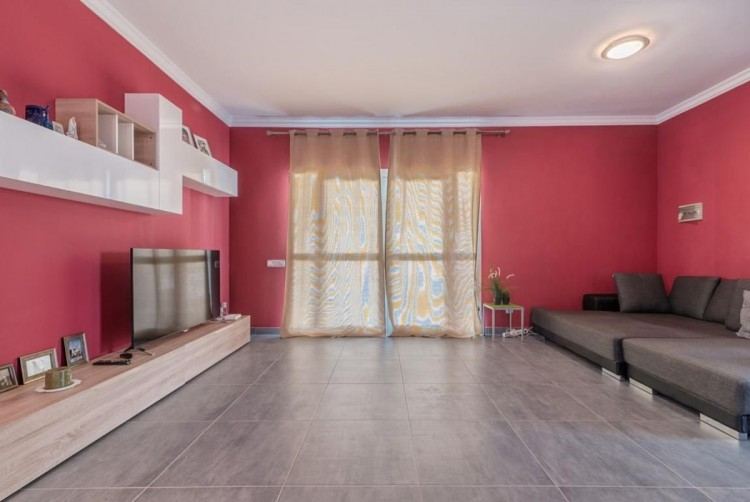 4 Bed  Villa/House for Sale, San Bartolome de Tirajana, LAS PALMAS, Gran Canaria - BH-8325-ARA-2912 9