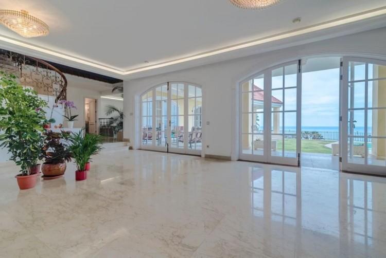 4 Bed  Villa/House for Sale, San Bartolome de Tirajana, LAS PALMAS, Gran Canaria - BH-8351-MIA-2912 6