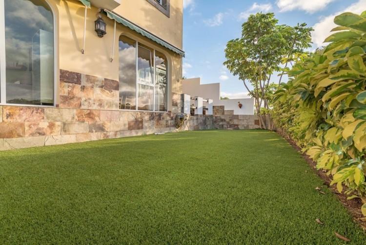 4 Bed  Villa/House for Sale, Las Palmas de Gran Canaria, LAS PALMAS, Gran Canaria - BH-8465-CT-2912 3