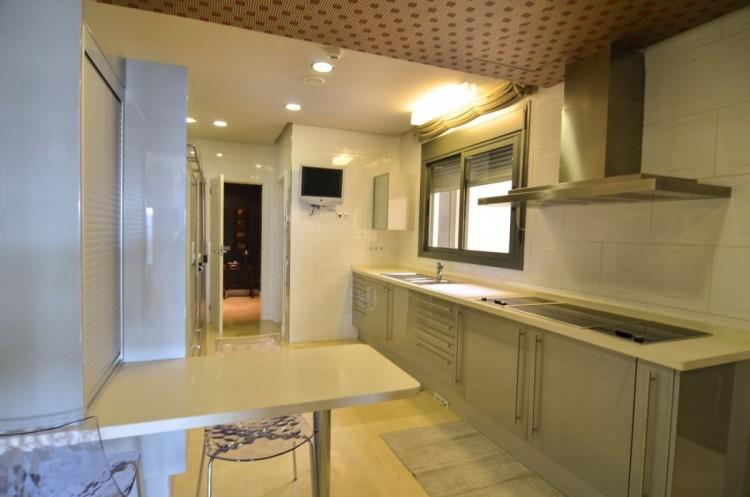 4 Bed  Flat / Apartment for Sale, Las Palmas de Gran Canaria, LAS PALMAS, Gran Canaria - BH-8475-OA-2912 15