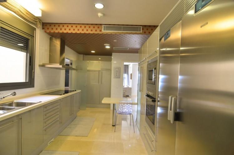 4 Bed  Flat / Apartment for Sale, Las Palmas de Gran Canaria, LAS PALMAS, Gran Canaria - BH-8475-OA-2912 17