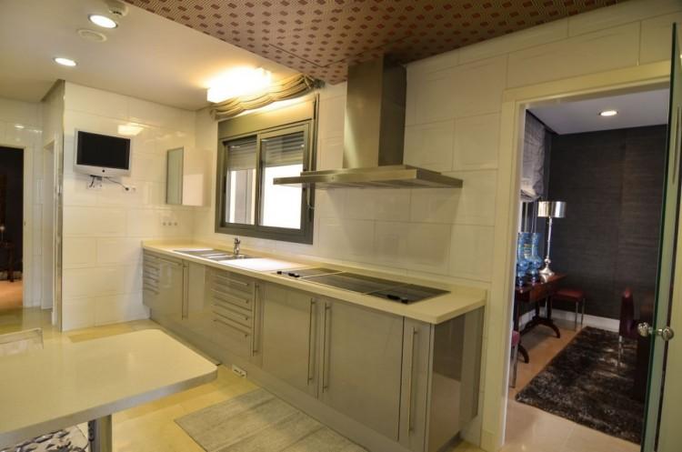 4 Bed  Flat / Apartment for Sale, Las Palmas de Gran Canaria, LAS PALMAS, Gran Canaria - BH-8475-OA-2912 18