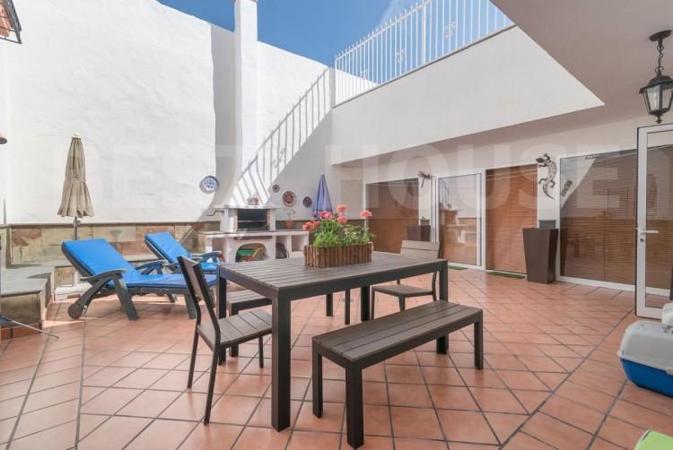 4 Bed  Villa/House for Sale, San Bartolome de Tirajana, LAS PALMAS, Gran Canaria - BH-8512-ARA-2912 1
