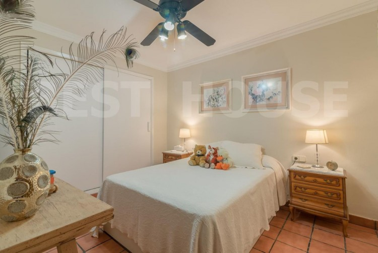 4 Bed  Villa/House for Sale, San Bartolome de Tirajana, LAS PALMAS, Gran Canaria - BH-8512-ARA-2912 10