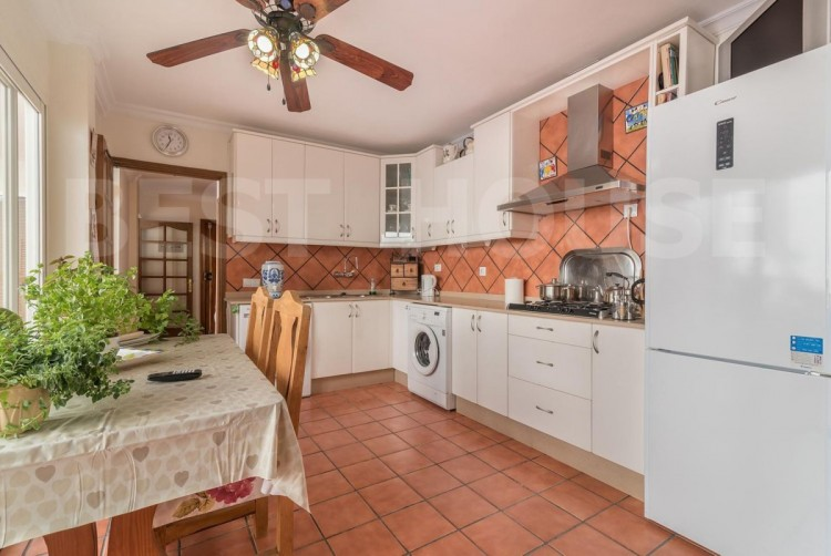 4 Bed  Villa/House for Sale, San Bartolome de Tirajana, LAS PALMAS, Gran Canaria - BH-8512-ARA-2912 5