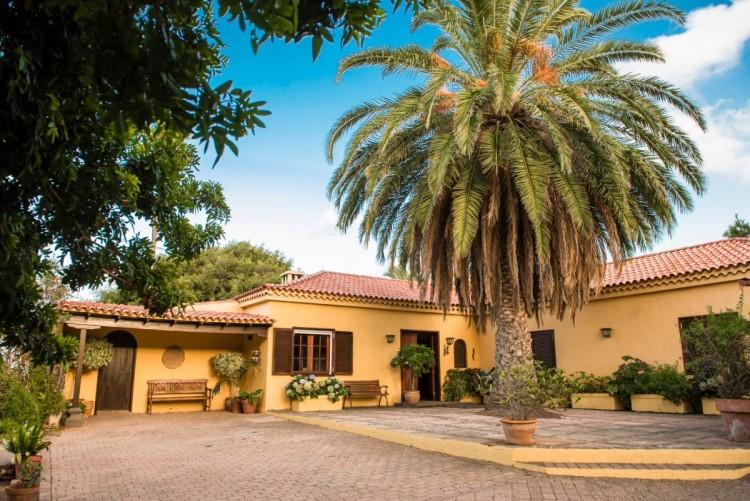 3 Bed  Villa/House for Sale, Las Palmas de Gran Canaria, LAS PALMAS, Gran Canaria - BH-8522-PZ-2912 1