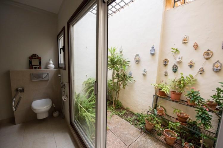 3 Bed  Villa/House for Sale, Las Palmas de Gran Canaria, LAS PALMAS, Gran Canaria - BH-8522-PZ-2912 10