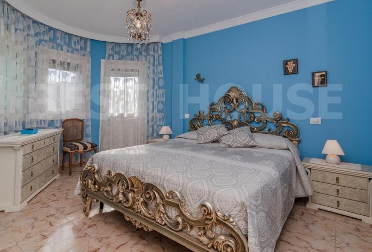 4 Bed  Villa/House for Sale, San Bartolome de Tirajana, LAS PALMAS, Gran Canaria - BH-8692-CT-2912 17