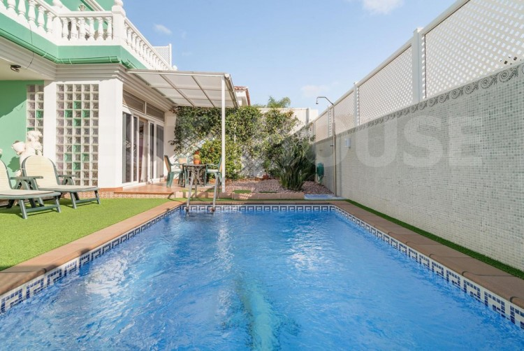 4 Bed  Villa/House for Sale, San Bartolome de Tirajana, LAS PALMAS, Gran Canaria - BH-8692-CT-2912 2