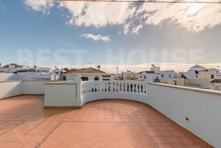 4 Bed  Villa/House for Sale, San Bartolome de Tirajana, LAS PALMAS, Gran Canaria - BH-8692-CT-2912 6