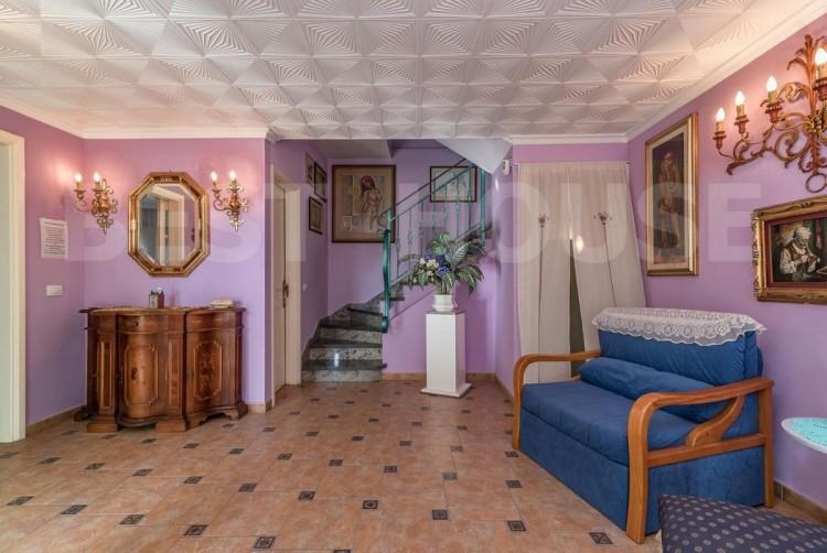4 Bed  Villa/House for Sale, San Bartolome de Tirajana, LAS PALMAS, Gran Canaria - BH-8692-CT-2912 8