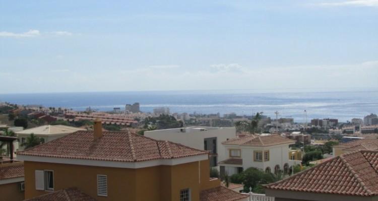 3 Bed  Flat / Apartment for Sale, El Madronal de Fañabe, Gran Canaria - TP-9143 19