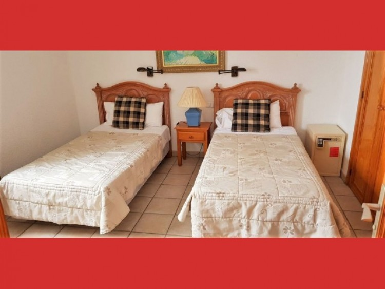 1 Bed  Flat / Apartment for Sale, Los Cristianos, Tenerife - CS-35 5