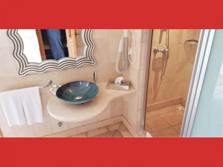 2 Bed  Flat / Apartment for Sale, Los Cristianos, Tenerife - CS-36 19
