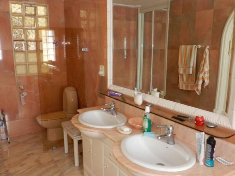 3 Bed  Flat / Apartment for Sale, Los Cristianos, Tenerife - CS-21 9