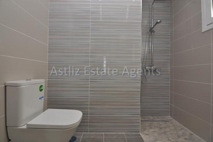 4 Bed  Villa/House for Sale, San Eugenio Alto, Adeje, Tenerife - AZ-1326 11