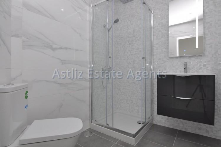 4 Bed  Villa/House for Sale, San Eugenio Alto, Adeje, Tenerife - AZ-1326 7