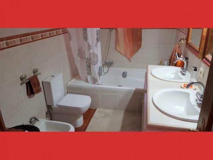 3 Bed  Villa/House for Sale, Los Cristianos, Tenerife - CS-40 12